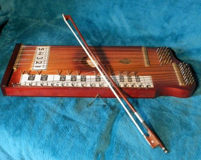 Pianoette, Bowed Zither