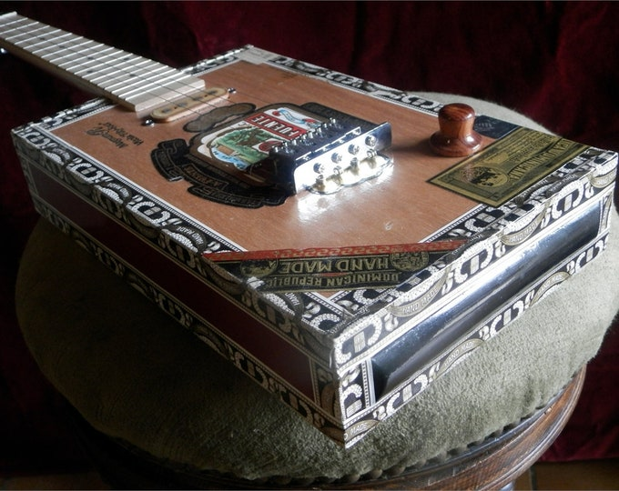 Cigar-Box Ukulele