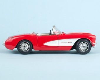Burago 1/18 Chevrolet Corvette 1957 Red/white Car Model