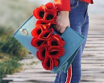 Pannolenci bag inspired by Puglia poppies, women's clutch bag, felt bag, Merino Wool Felt, Woolberry bag