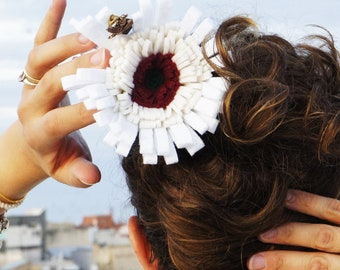 Hair Stick, hair clip with large white floral pattern, felt, women's accessories