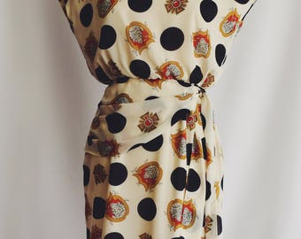 White polka dots dress Medal