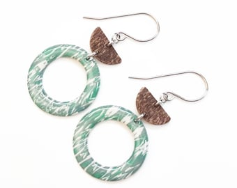 ALMOND and WOOD green earrings