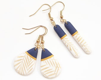 Romantic chic earrings golden foliage
