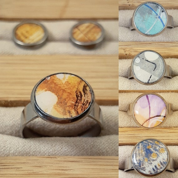 Mini earrings and small adjustable rings