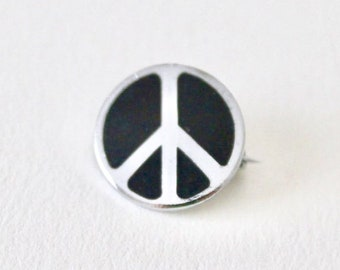 CND Campaign for Nuclear Disarmament Quality enamel lapel pin badge