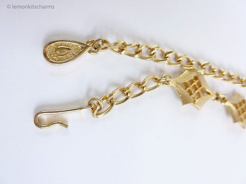 1970s 1960s Fringe Jewelry Boho Bohemian Lattice Statement Vintage Triangle Tassel Necklace Chunky Goldtone Gold