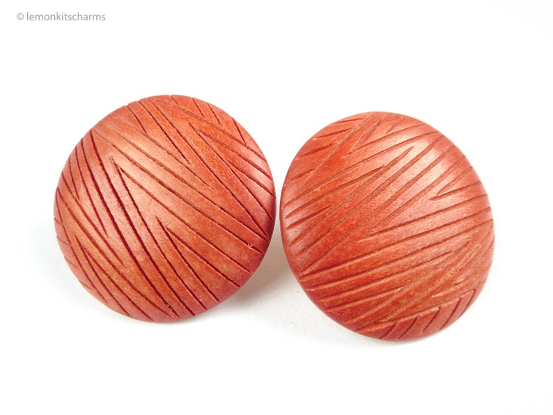 Vintage Red Zigzag Wooden Earrings 1980s Jewelry Carved image 0
