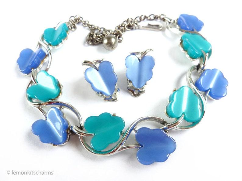 Vintage Blue Leaf Thermoset Lucite Set Necklace Earrings Demi image 0