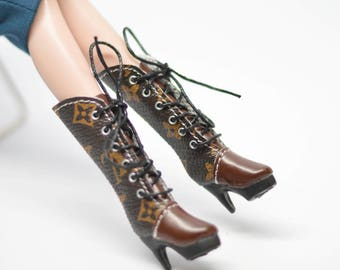 ee6ee0ce8c1b Brown Boots for Blythe  Blythe Shoes  Barbie Boots  Silkstone Boots   Fashion Royalty Boots  OMD OMD B7