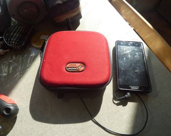 vintage TDK Outloud 12 CD Wallet With Built in 10w Speakers Connects to Mp3 Players iPod smartphone walkman great saund