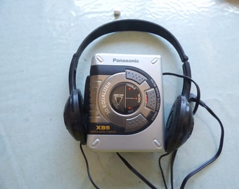 Vintage Retro Panasonic Rq-p45 Stereo Cassette Player 3d Equalizer+headset full work