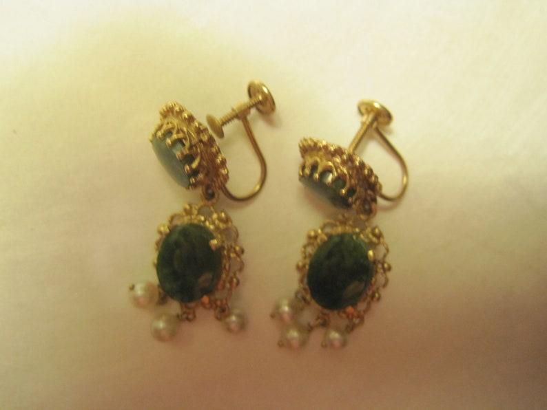 Pearl Screw back  Earrings Vintage 14k  JADE