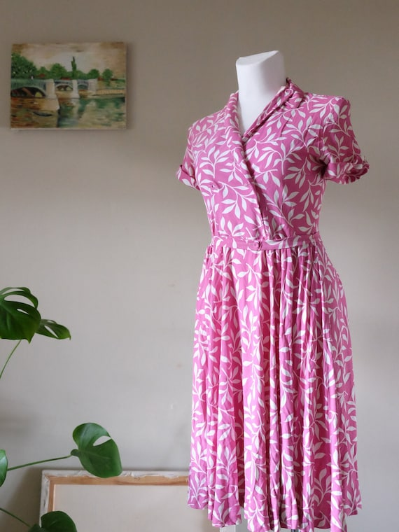 40s dress 40s 50s Vintage Charm pink Tropical shor