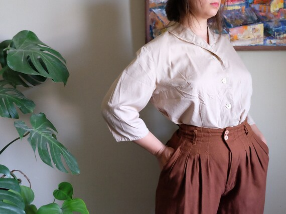 Vintage blouse 1950s Pastel brown cotton simple bl