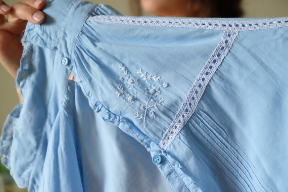 Chaco 70s blouse 70s Vintage peasant embroidered … - image 10