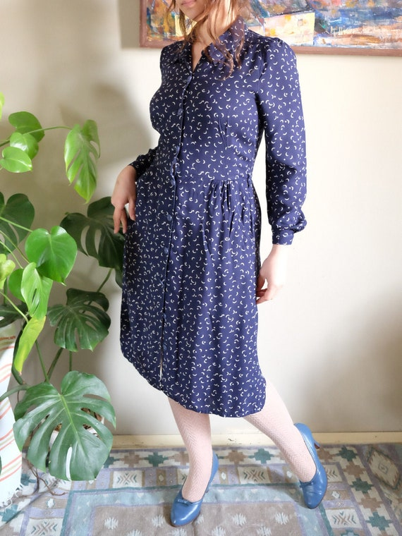 Vintage 1970s dress 70s does 40s Dress Moon and St