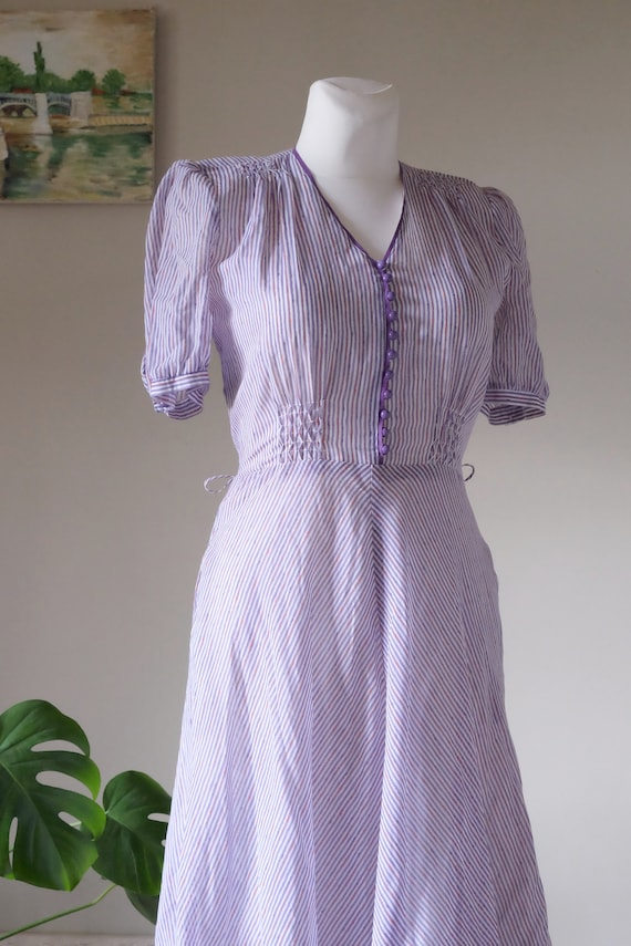 Rare Betty Barclay 70s does 40s dress Vintage Lilac pencil Stripes dress Puffed sleeve Cotton Gauze dress small medium size / H1