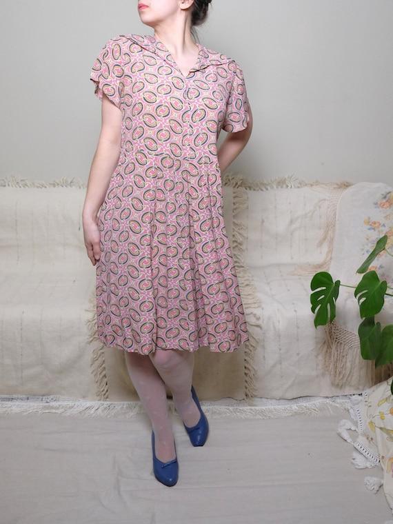 Vintage dress 1940s 1950s Crepe Pink chiffon Paisl