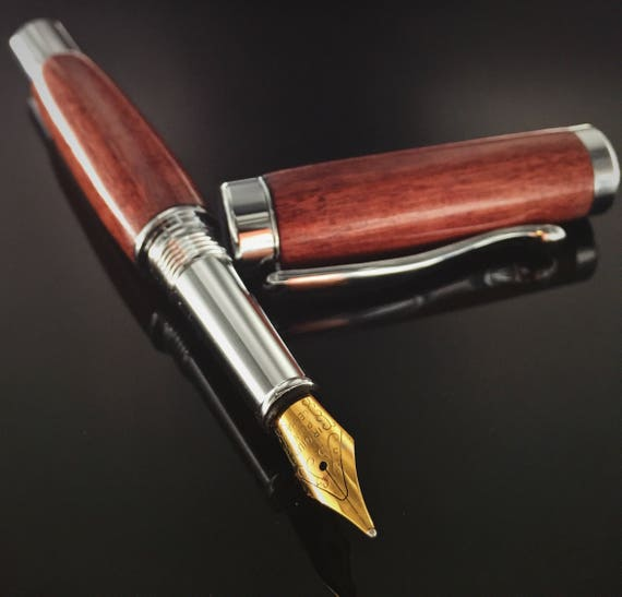 Curly Purple Heart Wood Fountain Pen - Chrome Hardware