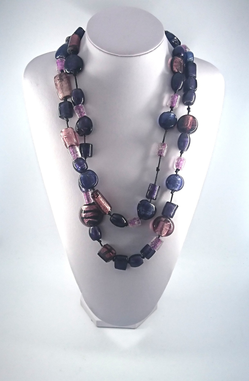 Vintage Very Long Purple Glass Beaded Chunky Necklace Costume Jewellery Jewelry Foil Glass