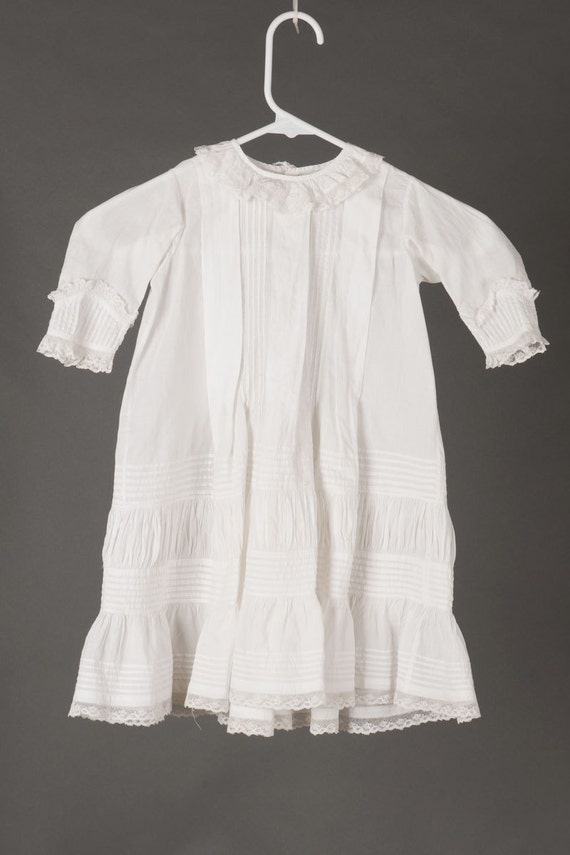 Antique, Victorian/Edwardian, girl's 2T, white cot