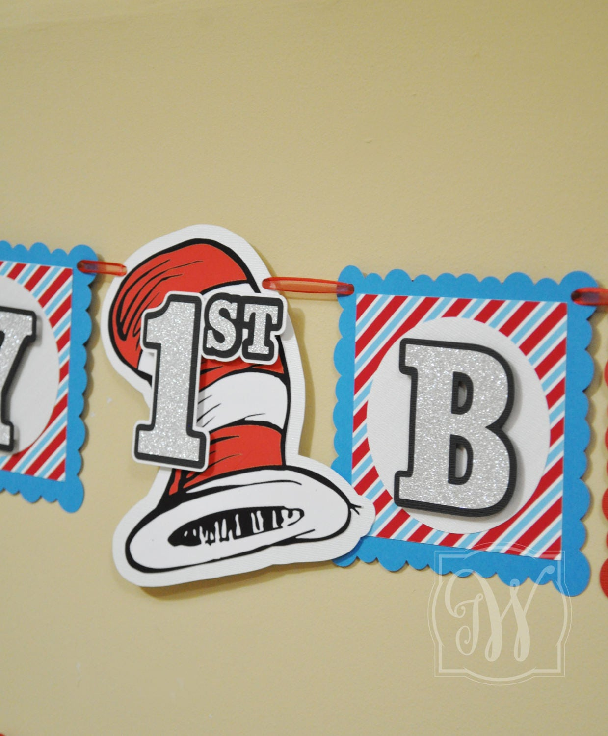 87a7248751771 Dr Seuss inspired banner!! Banner, Thing 1 and Thing 2,Baby Shower banner,  Happy birthday sign, Birthday banner, Party banner