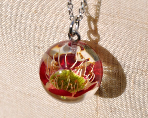 Australian Flower Resin Sphere Necklace - Red Tea Tree - 18 mm
