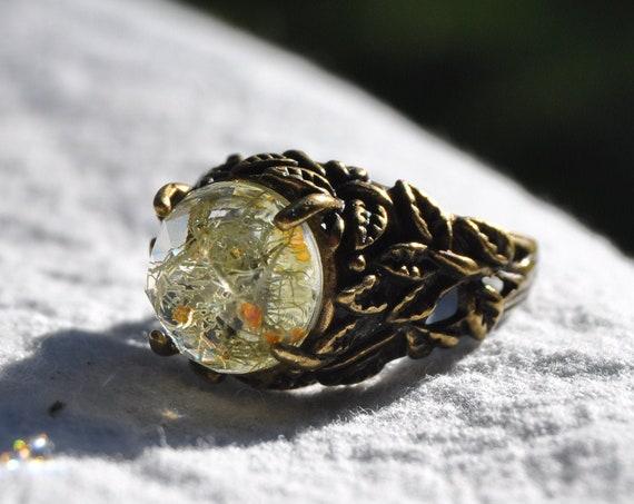 Lichen Terrarium Leaf Ring