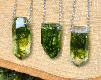 Real Moss Crystal Terrarium Necklace, Botanical Crystal Jewelry, Real Moss & Eco Resin Necklace, Woodland Wedding Jewelry, Forest Jewelry