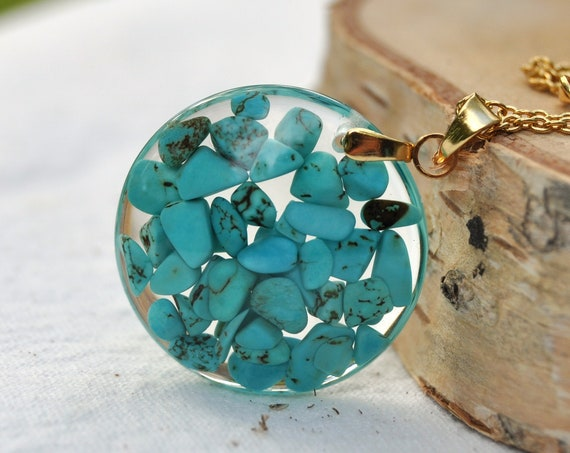 Turquoise Round Resin Necklace