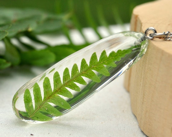 Green Fern Resin Pebble Necklace
