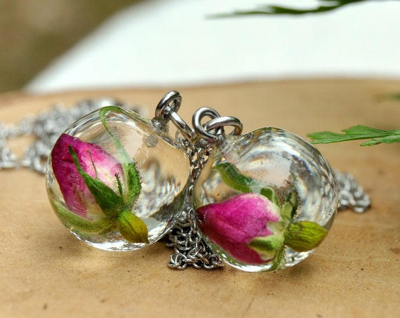 Resin Sphere Necklace - Red Rose - 16 mm