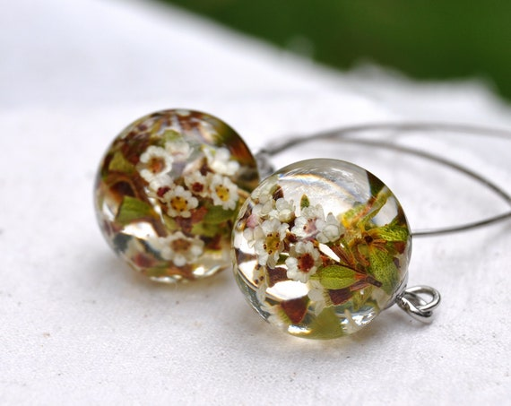 Mini Sphere Long Dangle Earrings - Thryptomene & Eco Resin