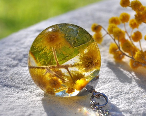 Australian Flower Resin Sphere Necklace - Mt Morgan Wattle - 25 mm