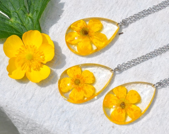 Buttercup in Resin Drop Necklace