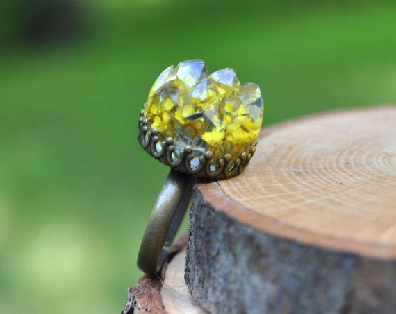 Yellow Achillia Flower Druzy Ring
