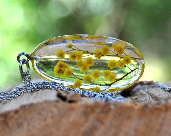 Wattle Resin Pebble Necklace