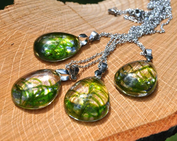 Real Moss Resin Drop Necklace