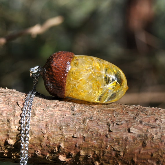 Acorn Resin Necklace - Yellow Daisy Seed