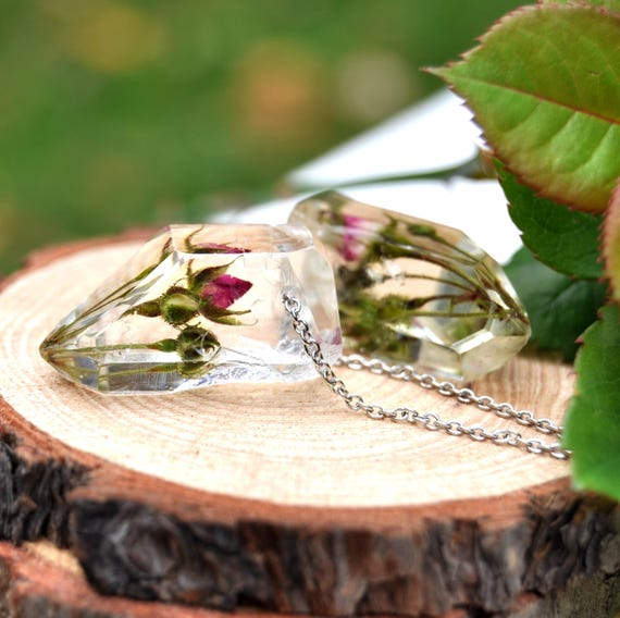 Rose Garden Resin Crystal Necklace