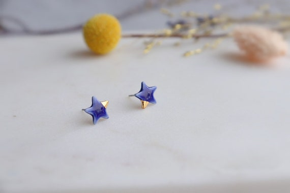 Starry starry night ...  Dainty blue pink ceramic studs /22kt gold luster