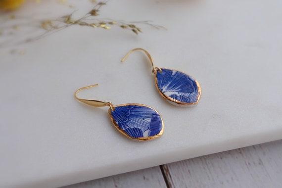 Teardrop shaped ginkgo porcelain dangle earrings