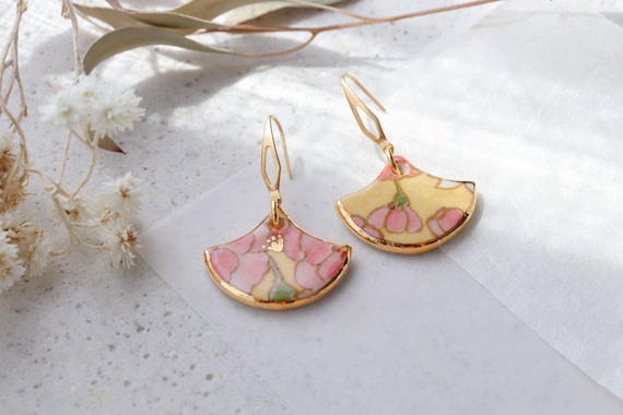 Famille Rose porcelain dangle earrings