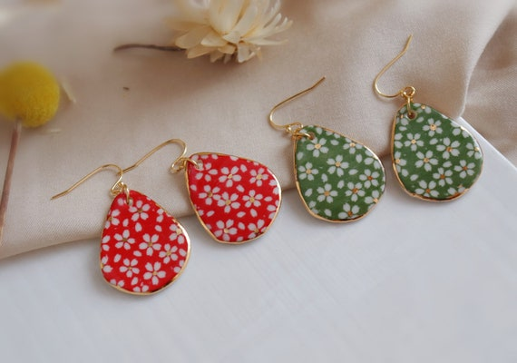 Red /Green Daisies porcelain dangle  earrings