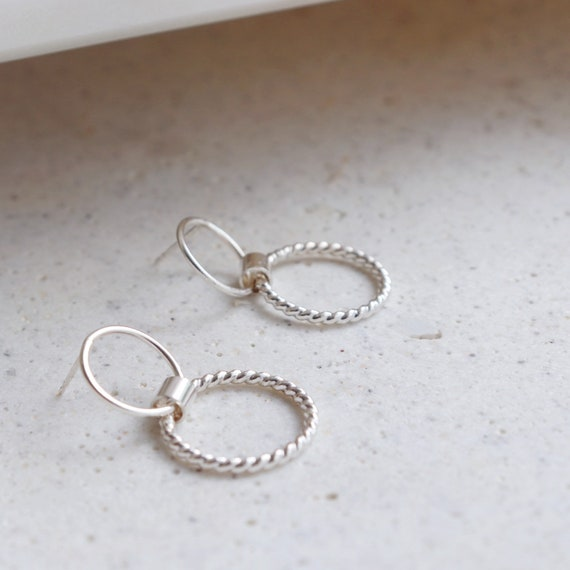 Minimal double circle studs