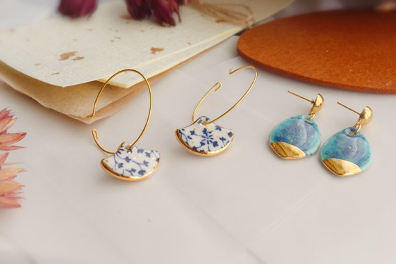 Great barrie cliff inspired  and blue & white porcelain dangle earrings