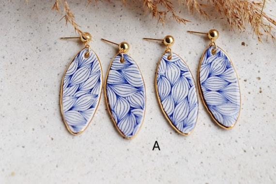 Plants / Blue and white porcelain Plants print earrings