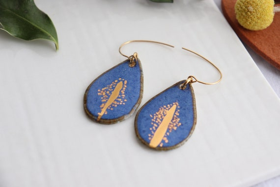Big teardrop shaped French  hooks porcelaine earrings