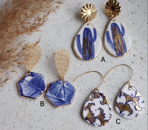 Blue and white porcelain Plants print earrings